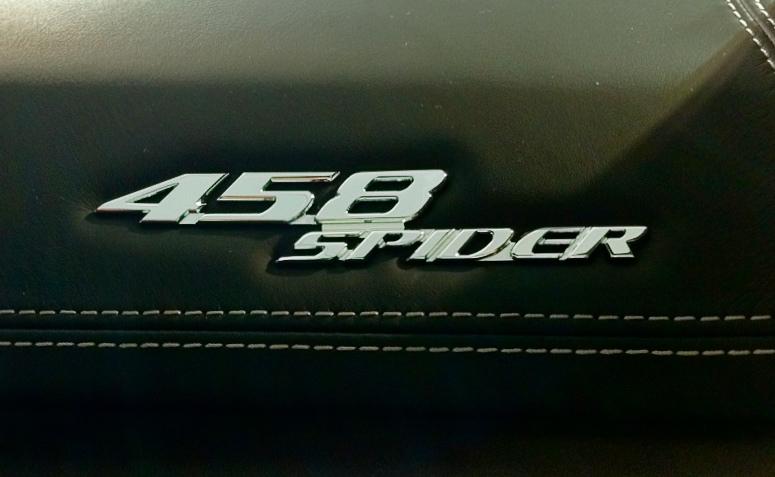 Ferrari 458 Spider LOGO