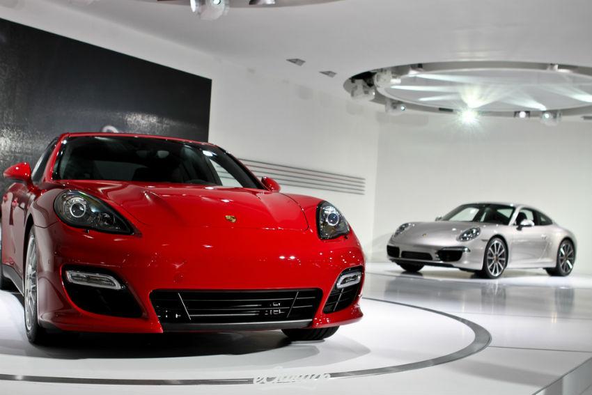 Porsche Panamera GTS and 991