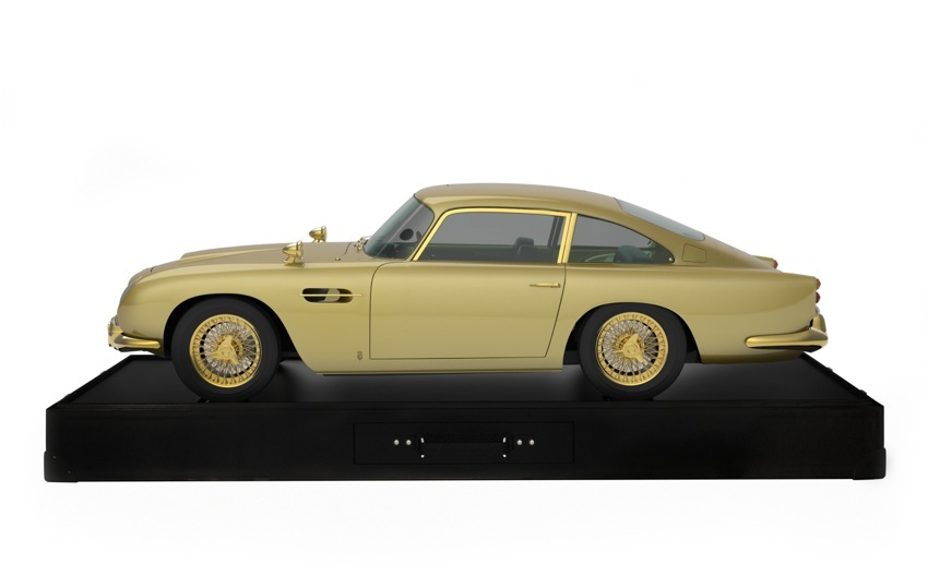 Gold Aston Martin DB5