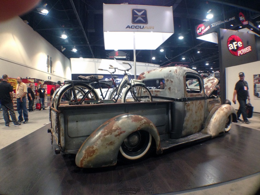 AccuAir SEMA Show 2014