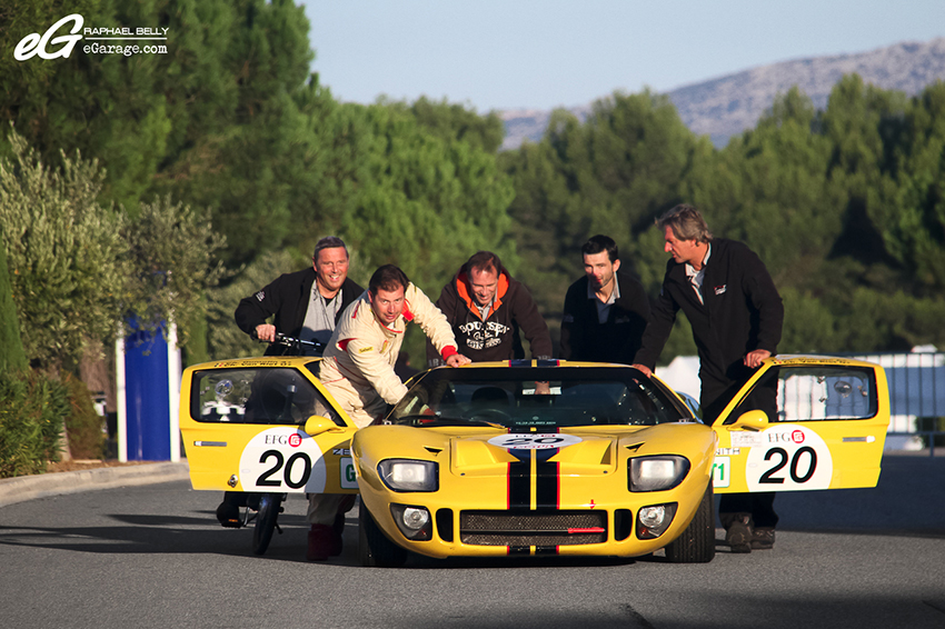 Dix Mille Tours Ford GT