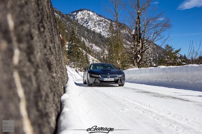 BMW I8 eGarage