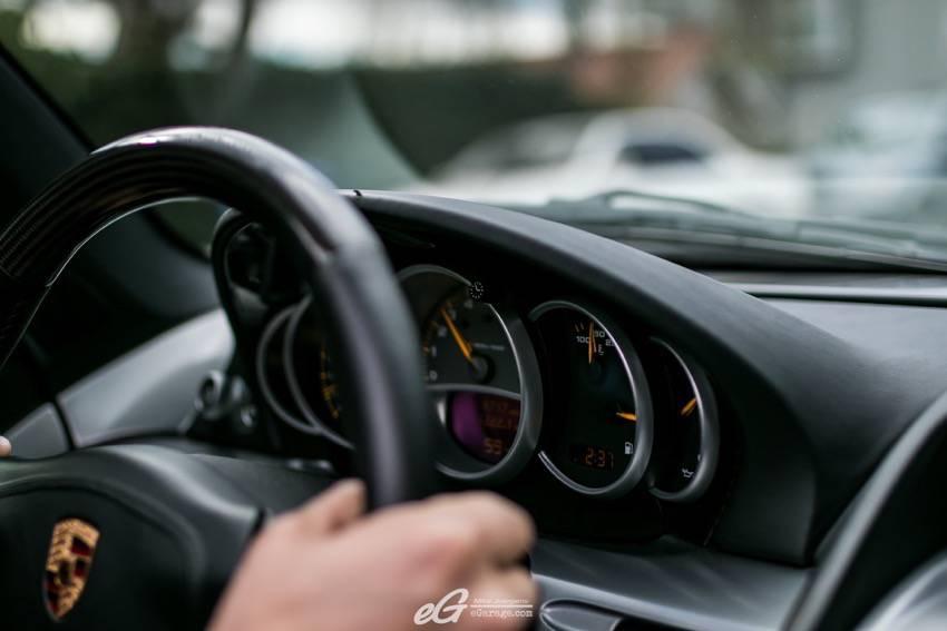 Porsche Carrera GT interior